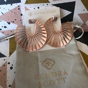 Kendra Scott NWOT Deanne Hoop Rose Gold Earrings
